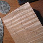 Detailansicht der aufgezeichneten Schnecke mit den Punktierungen für die Windungen